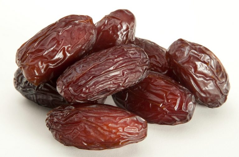 DATES-DRIED-PITTED-UNPITTED-1KG.jpg